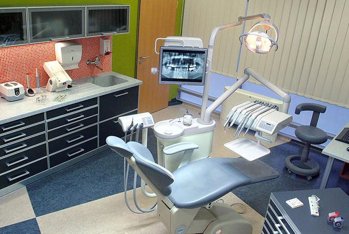 clinique dentaire budapest hongrie les meilleurs soins par vitaleurope. Black Bedroom Furniture Sets. Home Design Ideas